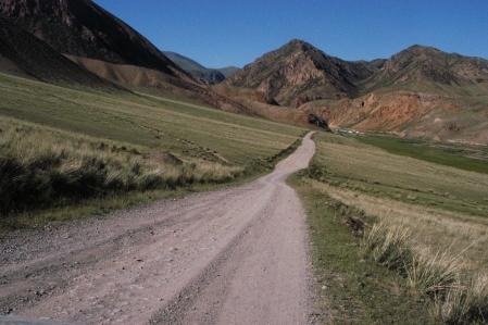Dolon Ashuu Pass 3.038 m